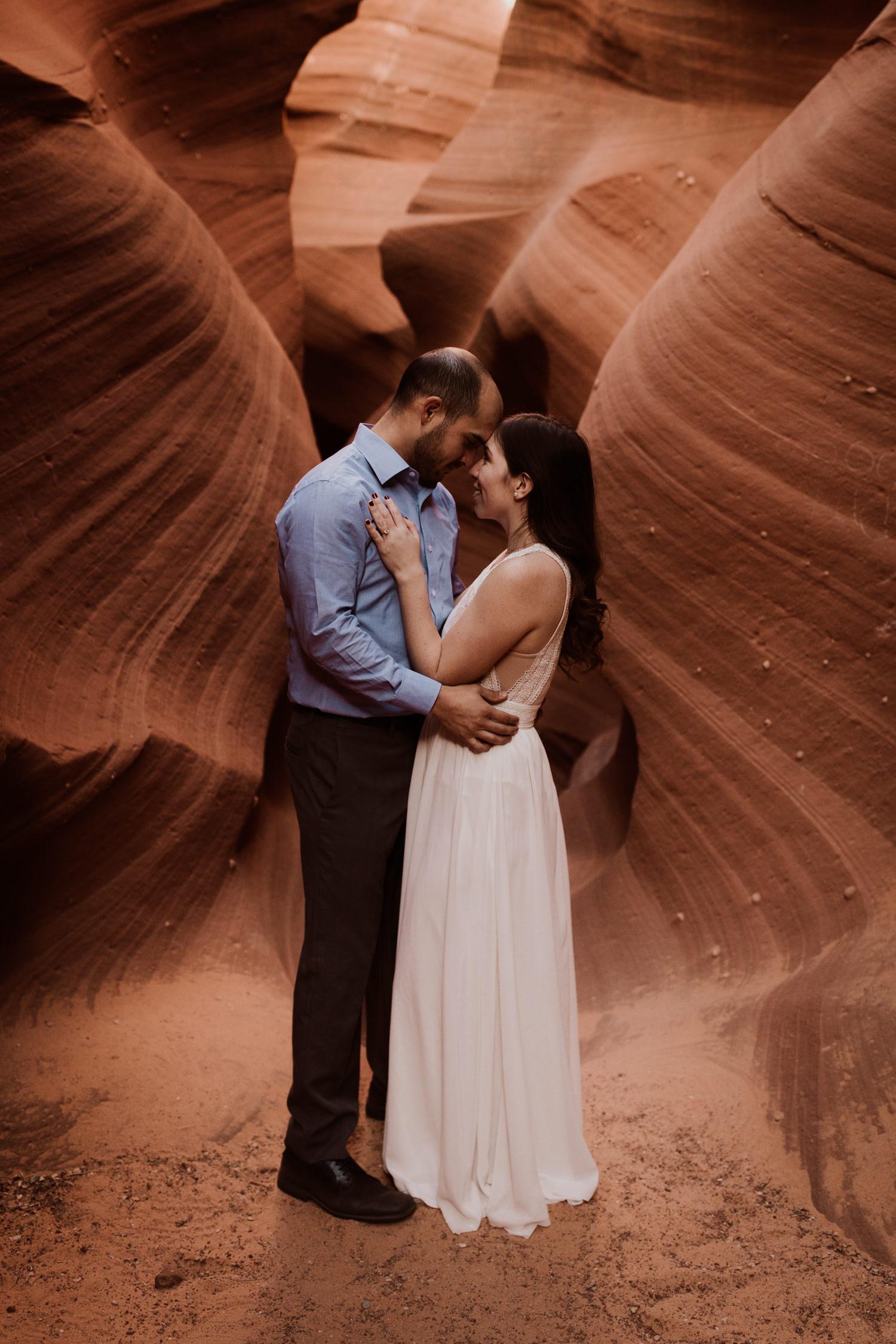 glen-canyon-arizona-adventure-engagements-40.jpg