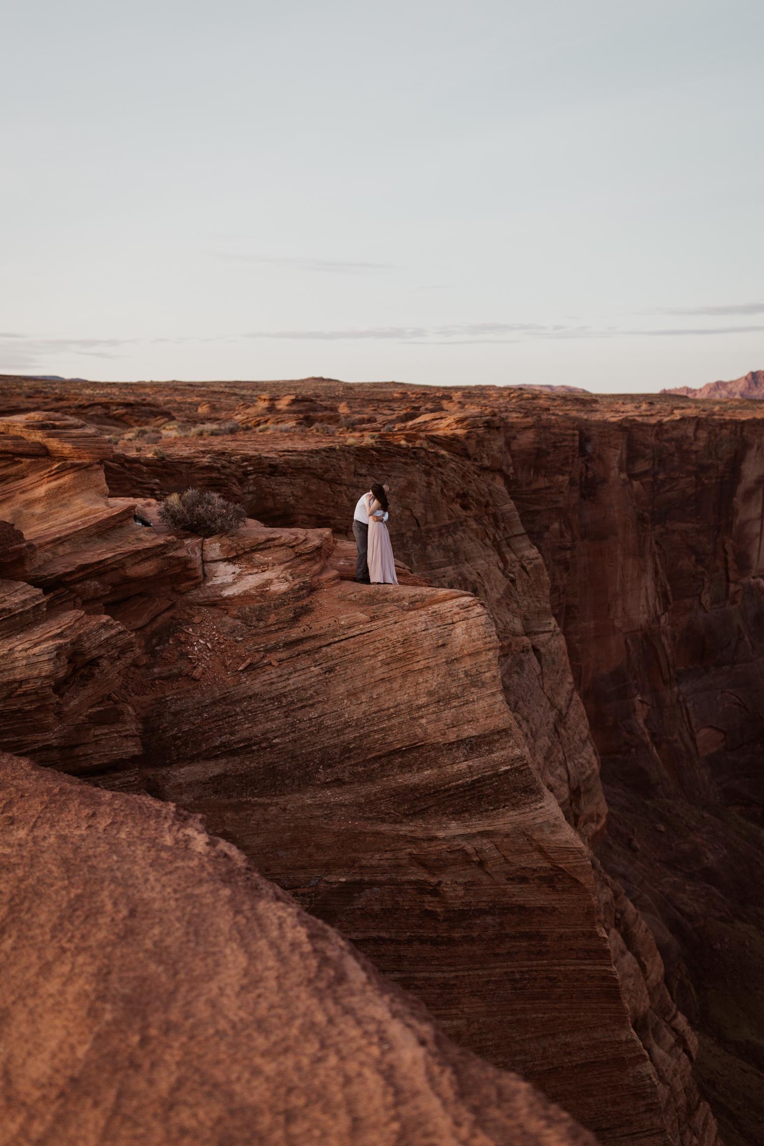 glen-canyon-arizona-adventure-engagements-1-2.jpg