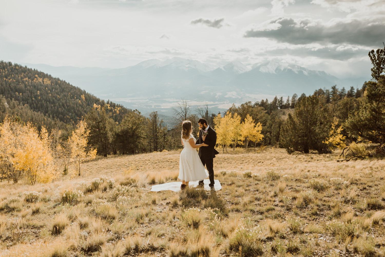 colorado-elopement-photographer-buena-vista-13.jpg