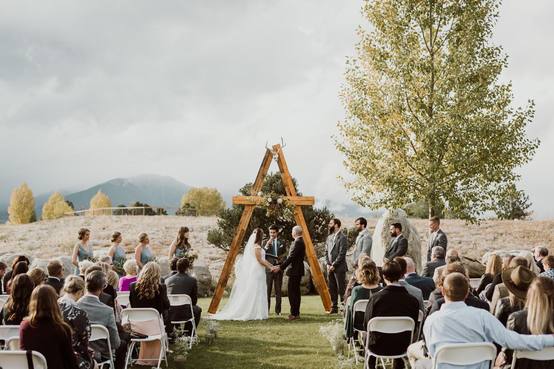17-9-adventure-wedding-photographer-27.jpg