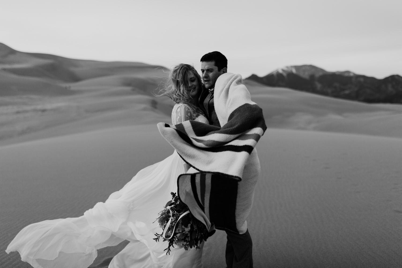 great-sand-dunes-elopement-90.jpg