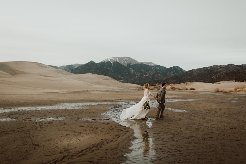great-sand-dunes-elopement-104.jpg
