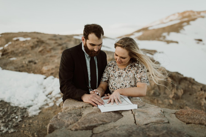 loveland-pass-colorado-elopement-88.jpg