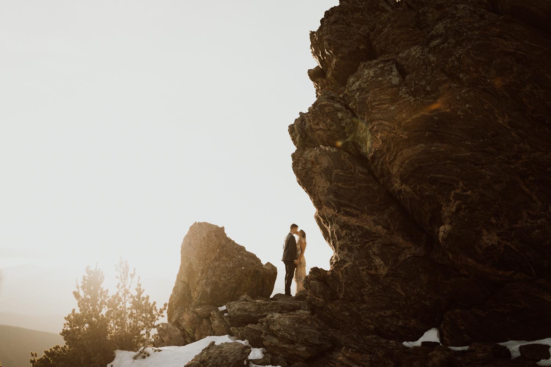 colorado-mountaintop-engagement-48.jpg