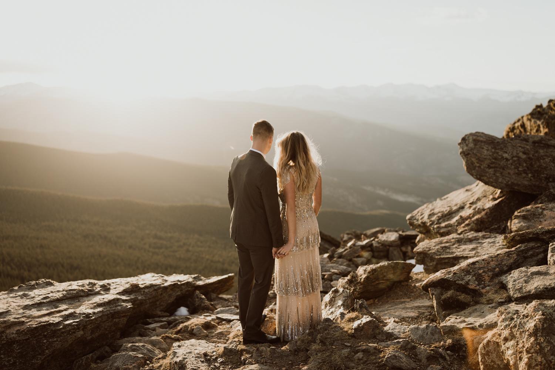 colorado-mountaintop-engagement-53.jpg