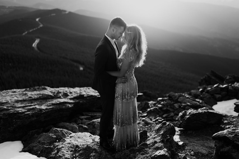 colorado-mountaintop-engagement-55.jpg