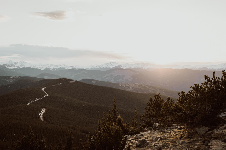 colorado-mountaintop-engagement-61.jpg