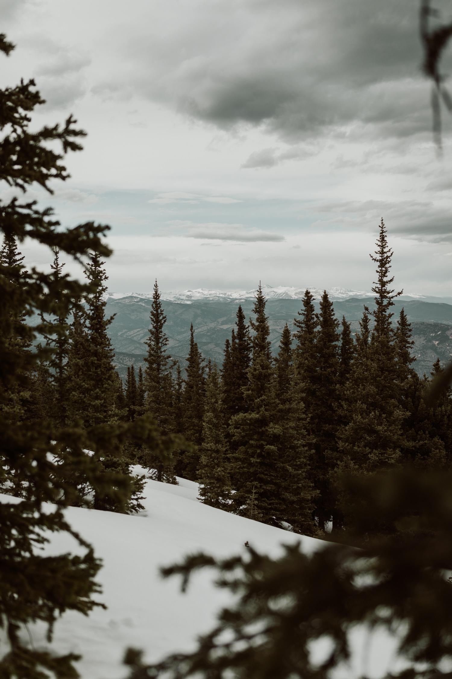 colorado-mountaintop-engagement-4.jpg