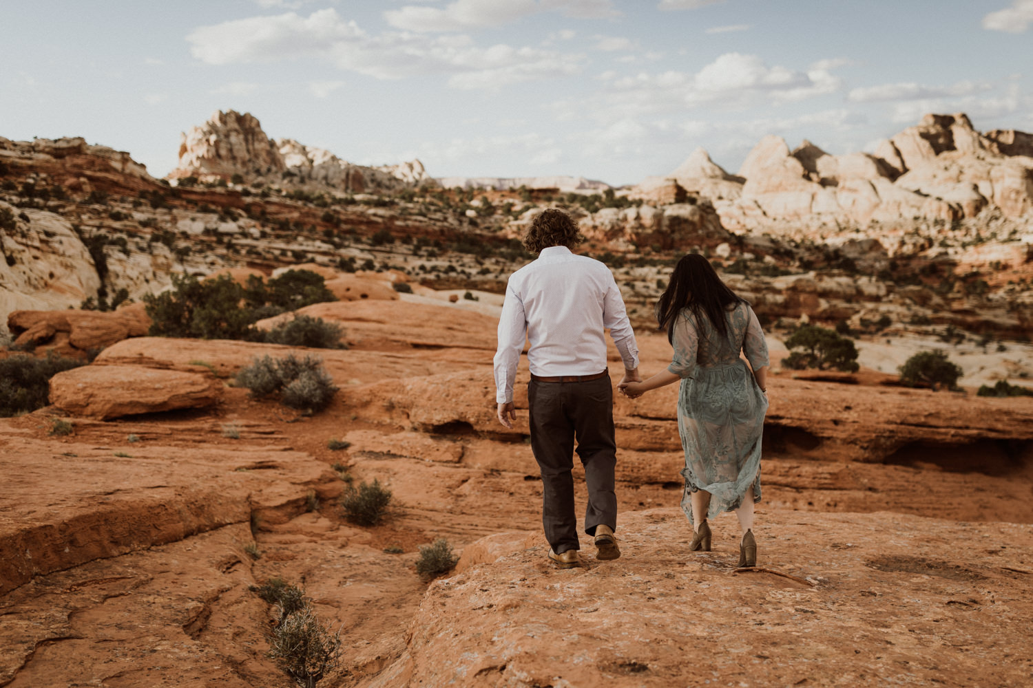 capitol-reef-national-park-engagements-1.jpg
