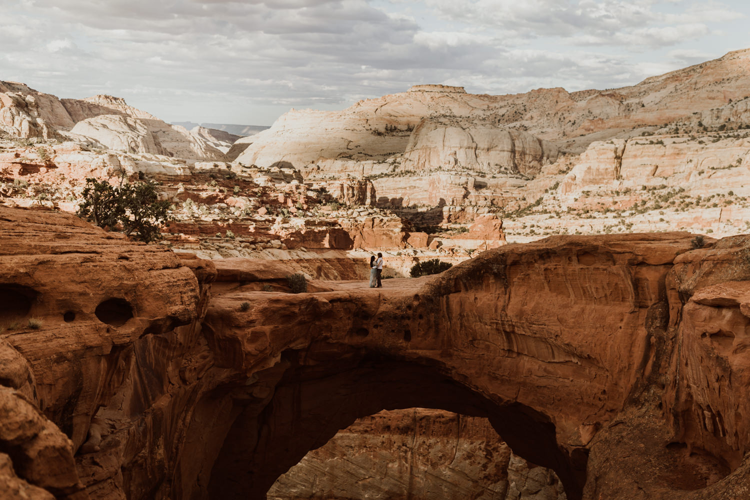 capitol-reef-national-park-engagements-23.jpg