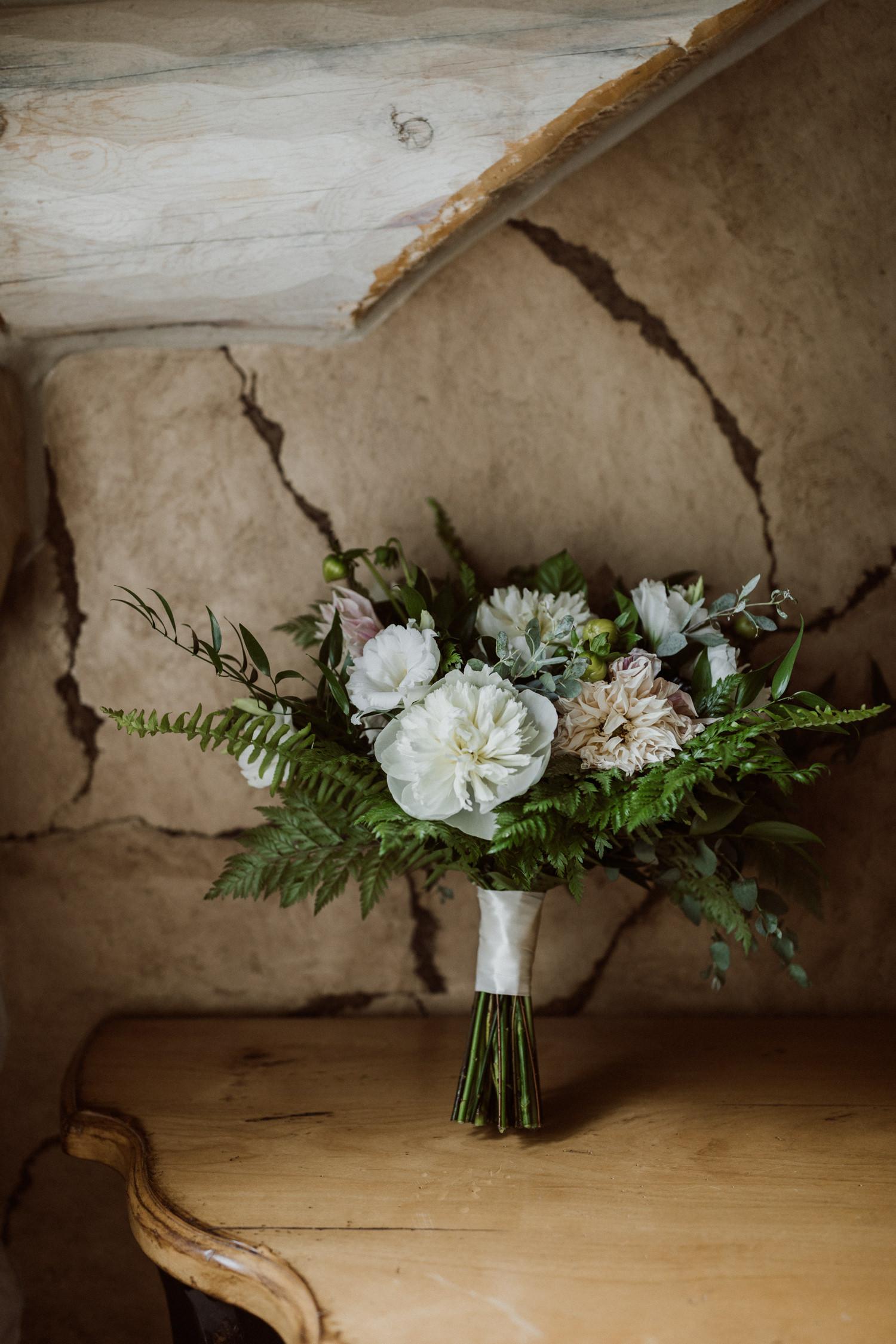 bohemian-backyard-wedding-breckenridge-colorado-5.jpg