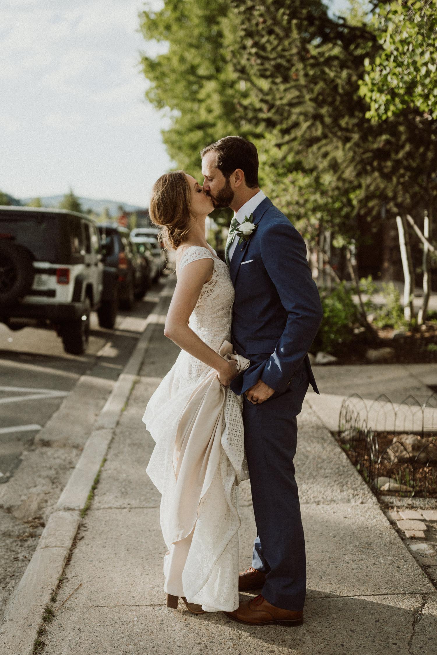 bohemian-backyard-wedding-breckenridge-colorado-91.jpg