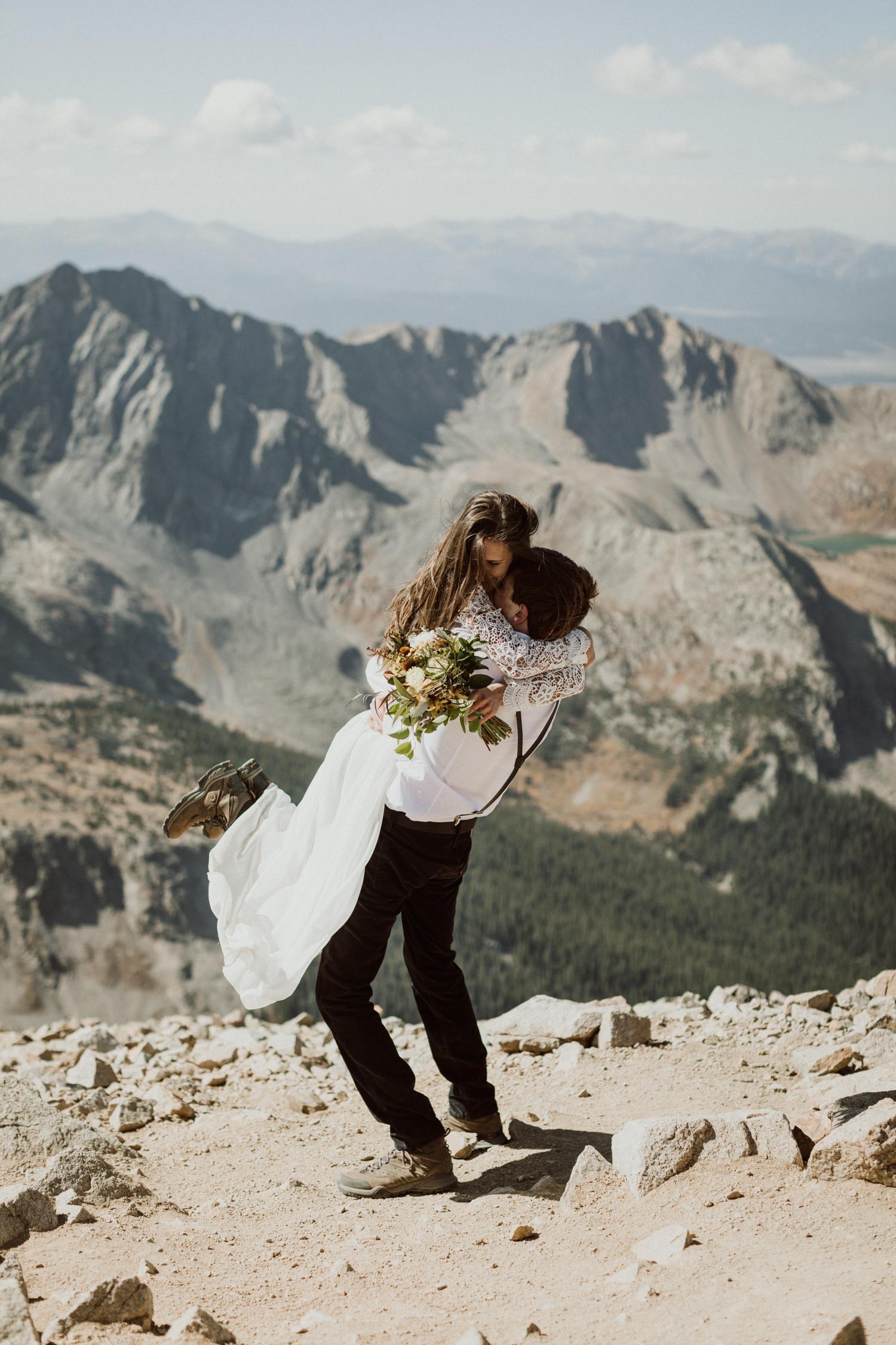 fourtneener-wedding-colorado-elopement-22.jpg