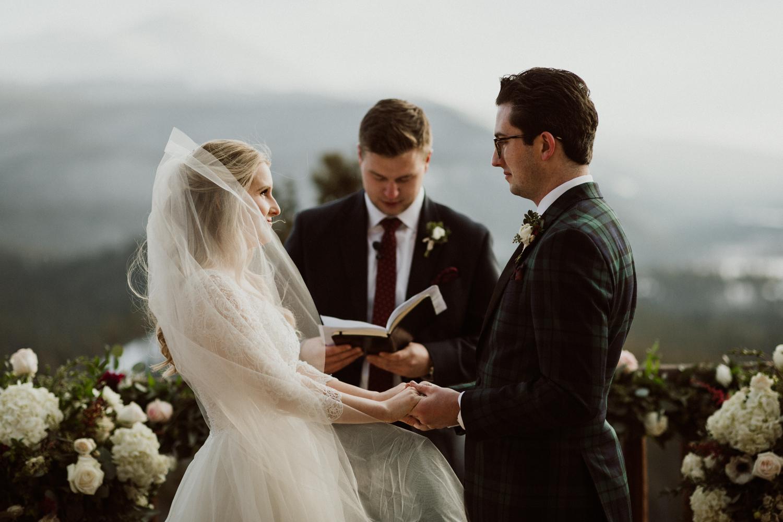 winter-wedding-colorado-19.jpg