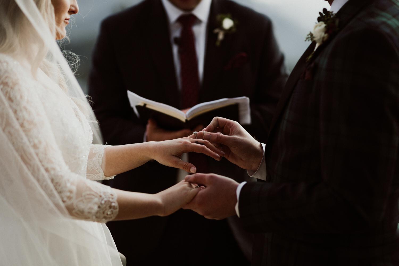 winter-wedding-colorado-20.jpg