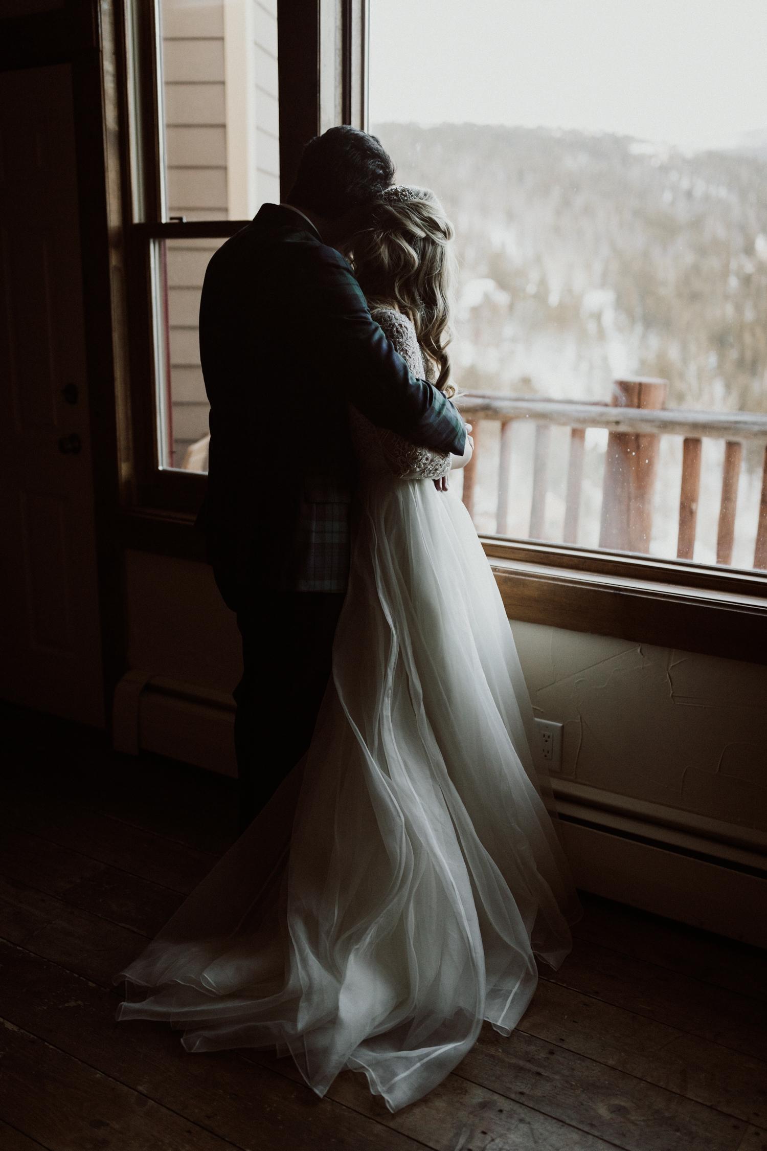 winter-wedding-colorado-27.jpg