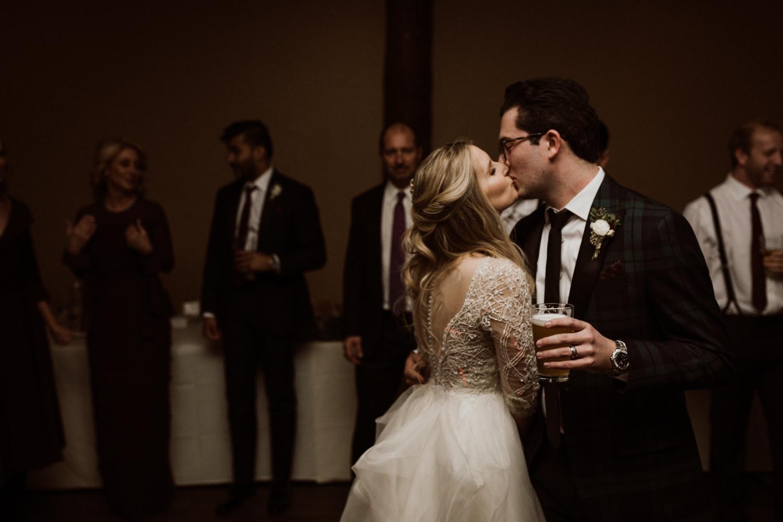 winter-wedding-colorado-33.jpg