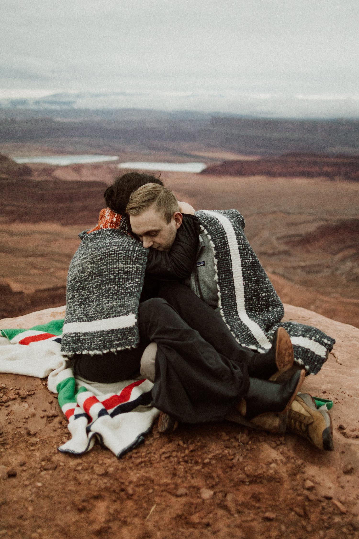 04_moab-utah-elopement-photographer-5.jpg