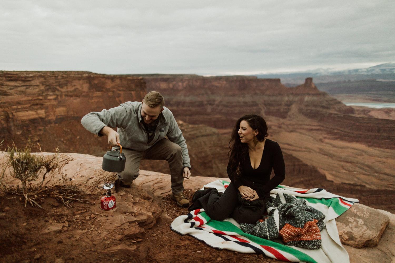 06_moab-utah-elopement-photographer-7.jpg