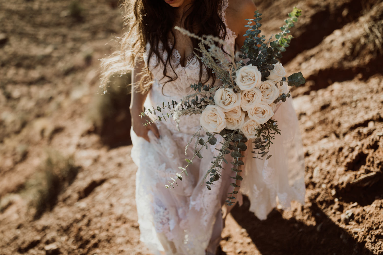 29_moab-utah-elopement-photographer-51.jpg