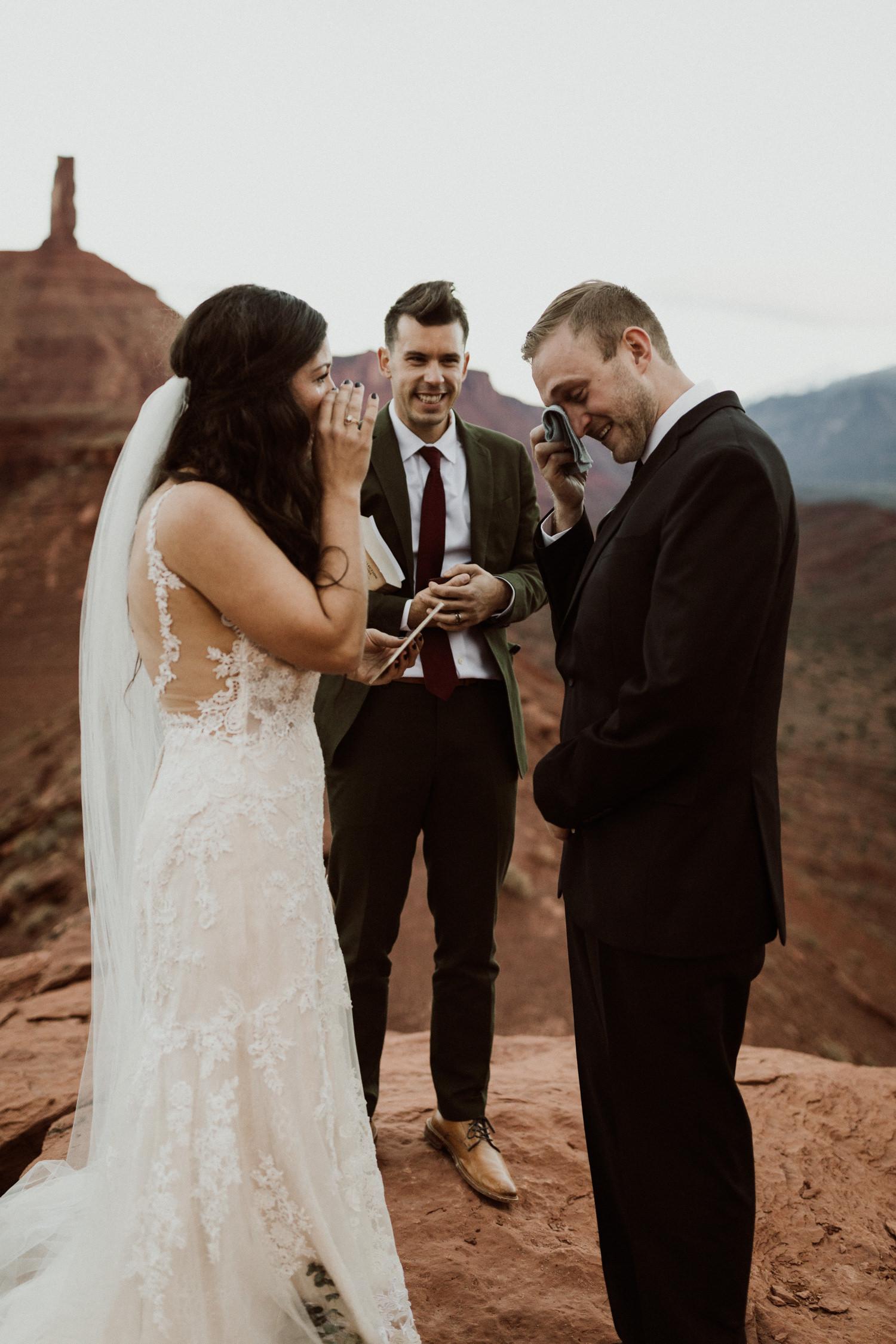 54_moab-utah-elopement-photographer-100.jpg