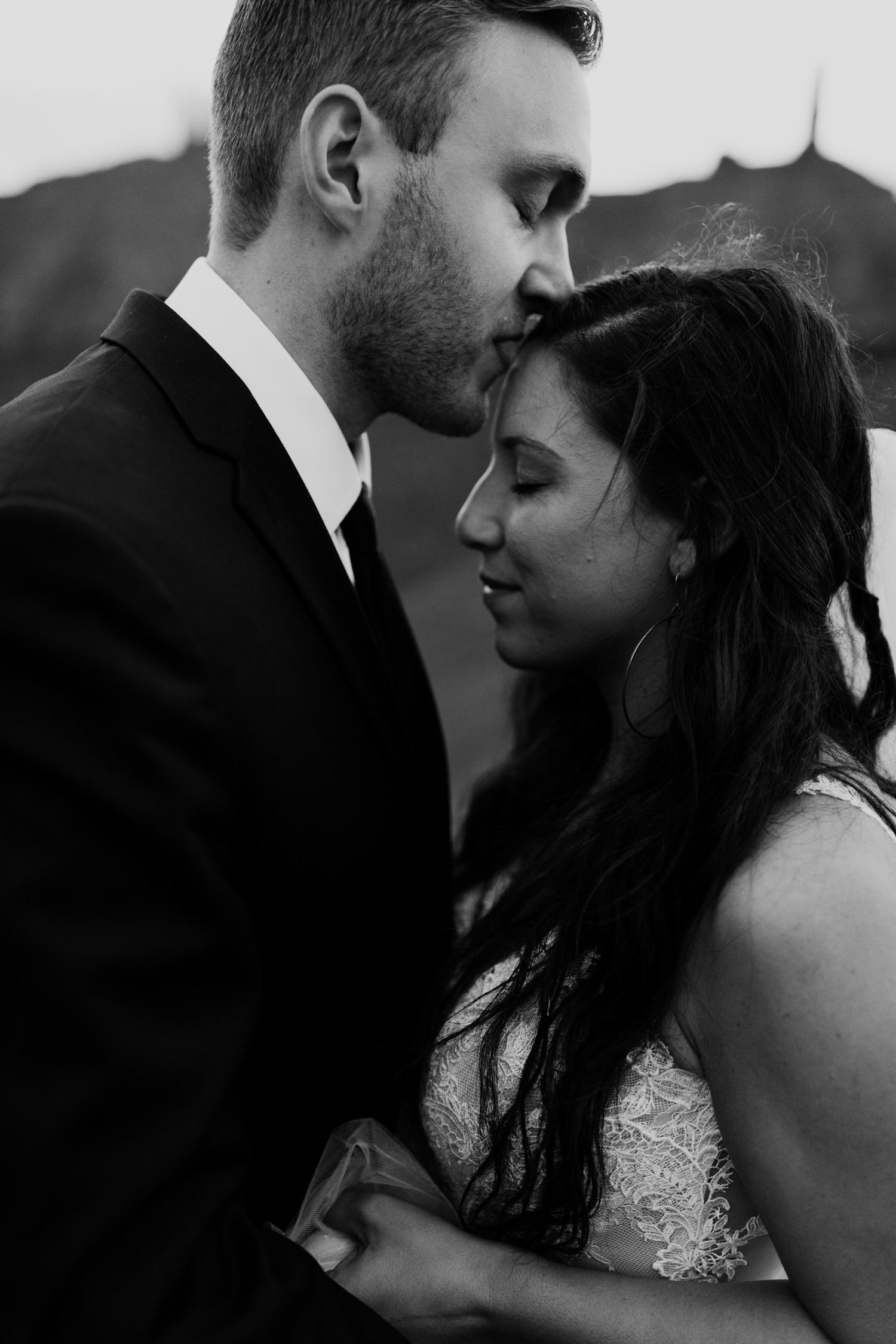 66_moab-utah-elopement-photographer-117.jpg