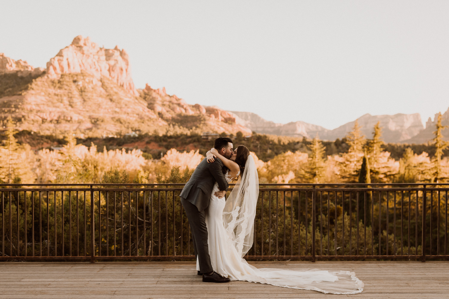 32_intimate-sedona-arizona-wedding-47.jpg