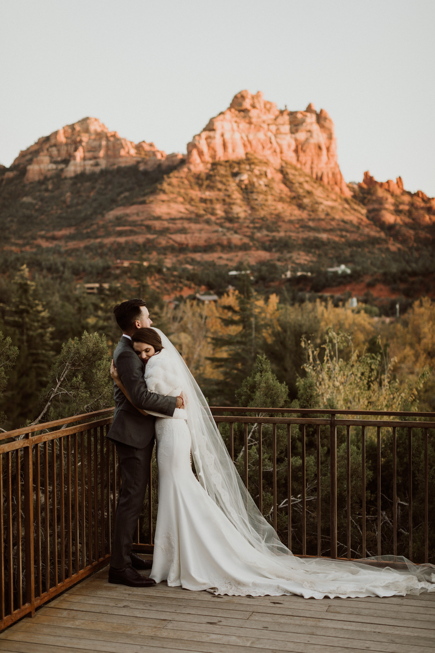 41_intimate-sedona-arizona-wedding-59.jpg
