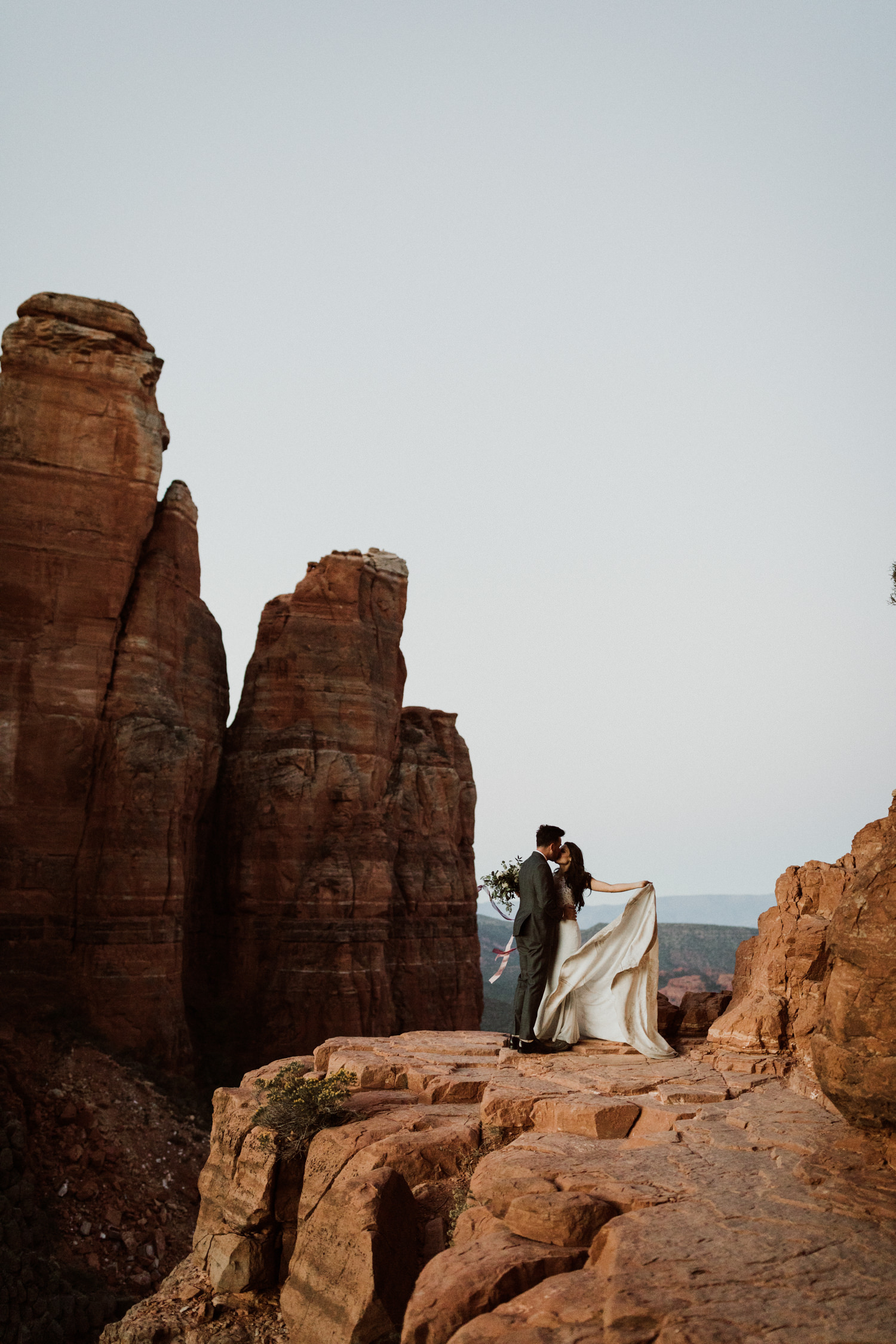 58_intimate-sedona-arizona-wedding-80.jpg