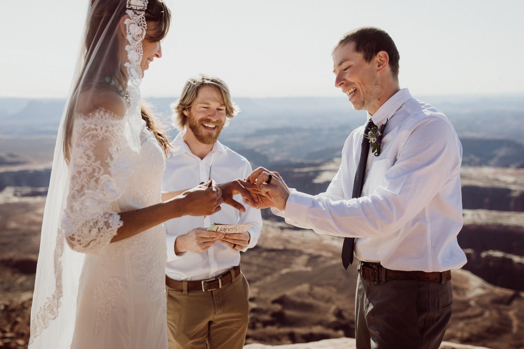 moab-adventure-elopement-16.jpg
