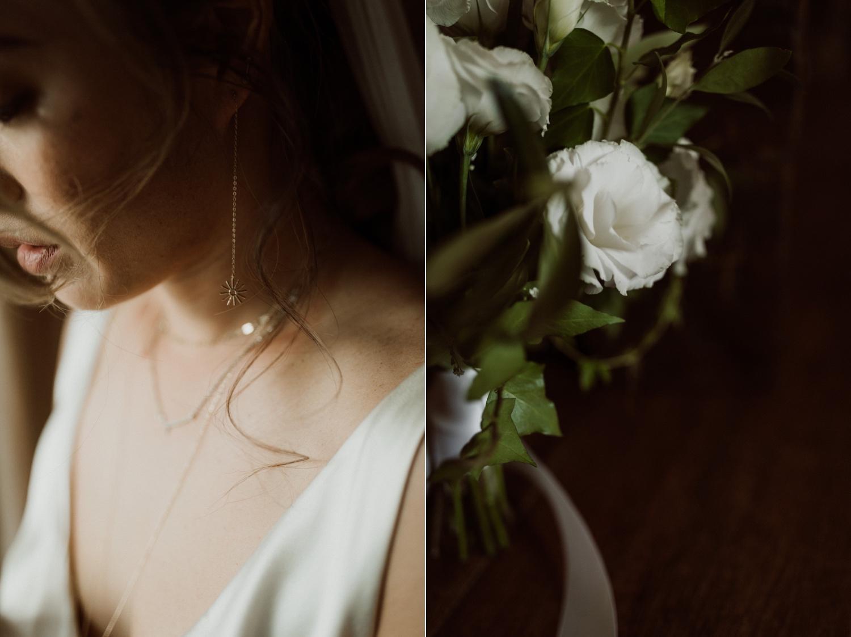 030_bridal_jewelry_bouquet_indie_green_white_flowers_wedding.jpg
