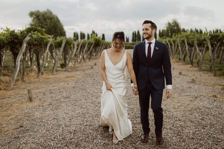 071_wedding_laughing_photos.jpg