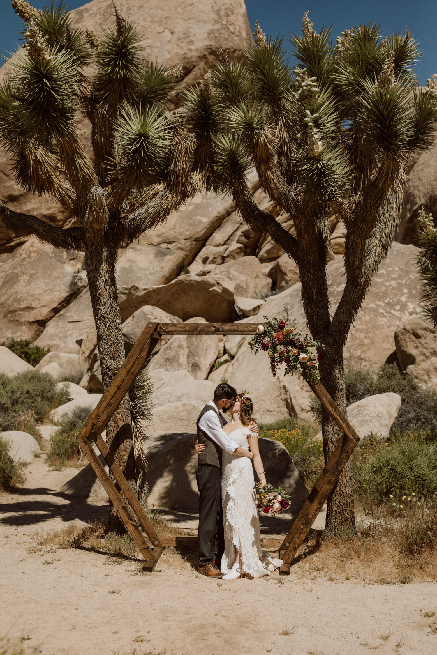 joshua-tree-national-park-elopement-26.jpg