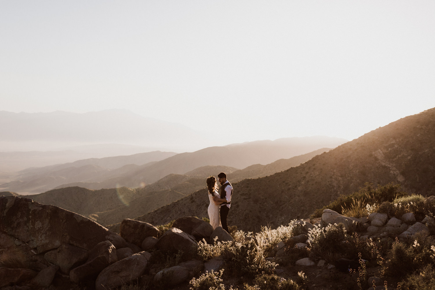 joshua-tree-national-park-elopement-31.jpg
