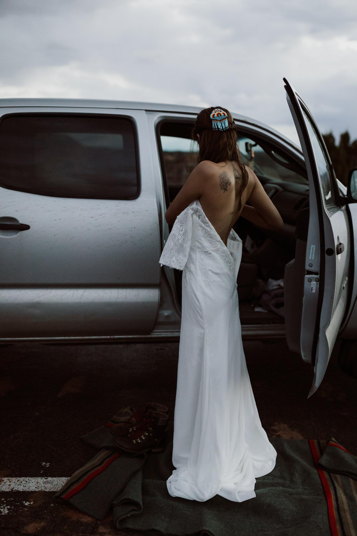 02_bride_adventure_getting_ready.jpg