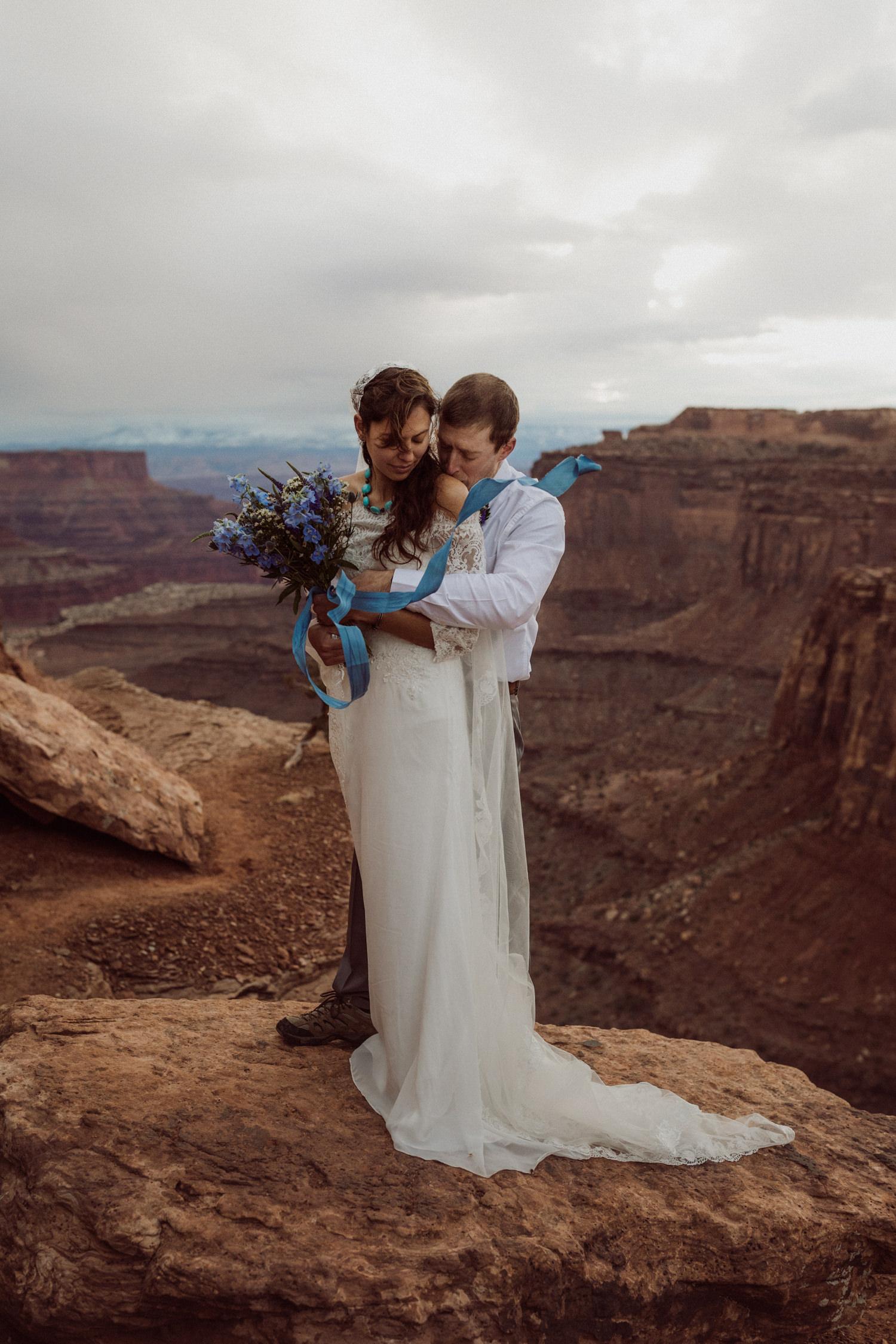 21_moab_adventure_elopement_indie.jpg