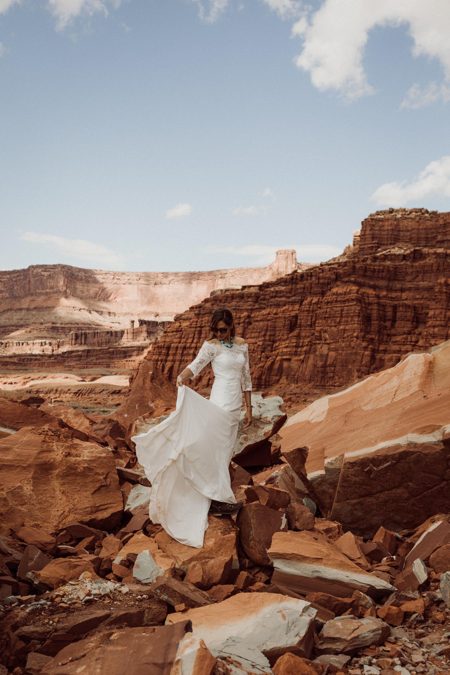 63_moab_photographer_elopement.jpg