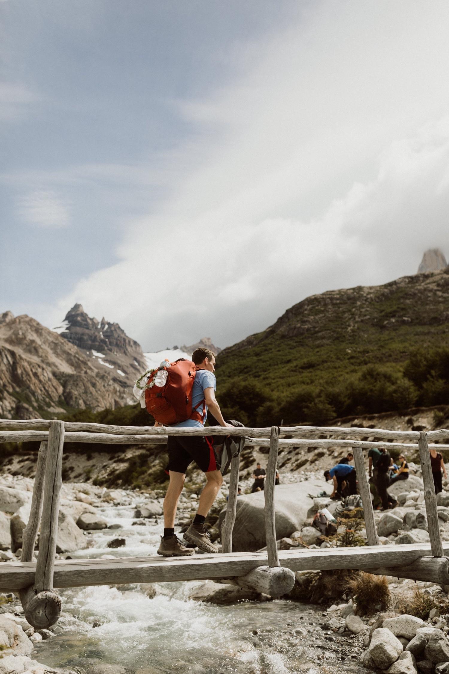 07_laguna-de-los-tres-patagonia-elopement-13.jpg