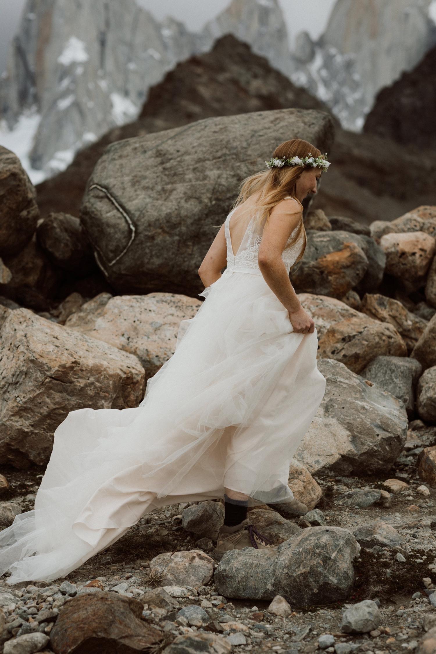 11_laguna-de-los-tres-patagonia-elopement-18.jpg