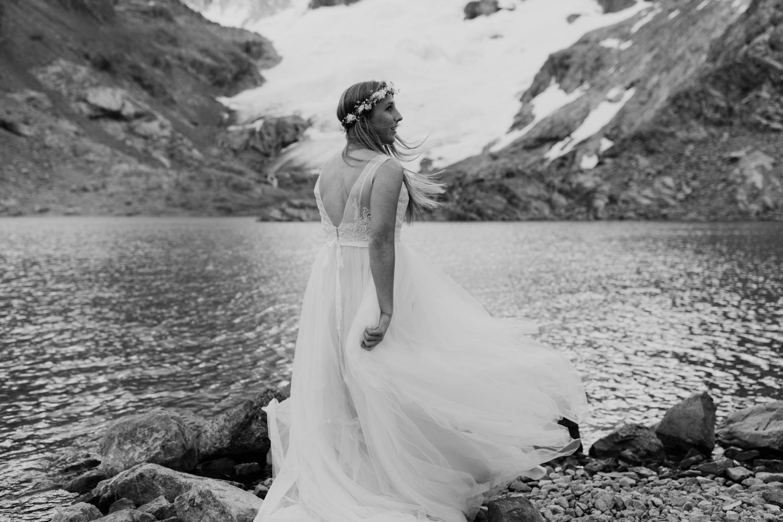 18_laguna-de-los-tres-patagonia-elopement-28.jpg