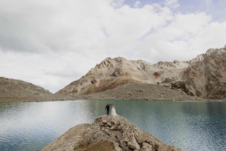32_laguna-de-los-tres-patagonia-elopement-50.jpg