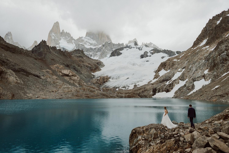 34_laguna-de-los-tres-patagonia-elopement-54.jpg