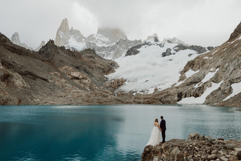 36_laguna-de-los-tres-patagonia-elopement-55.jpg