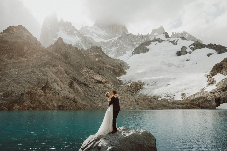 44_laguna-de-los-tres-patagonia-elopement-65.jpg