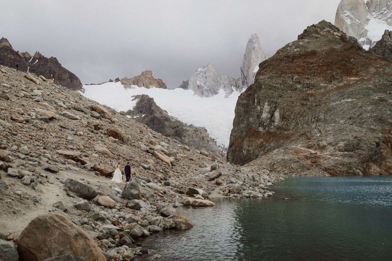 49_laguna-de-los-tres-patagonia-elopement-72.jpg