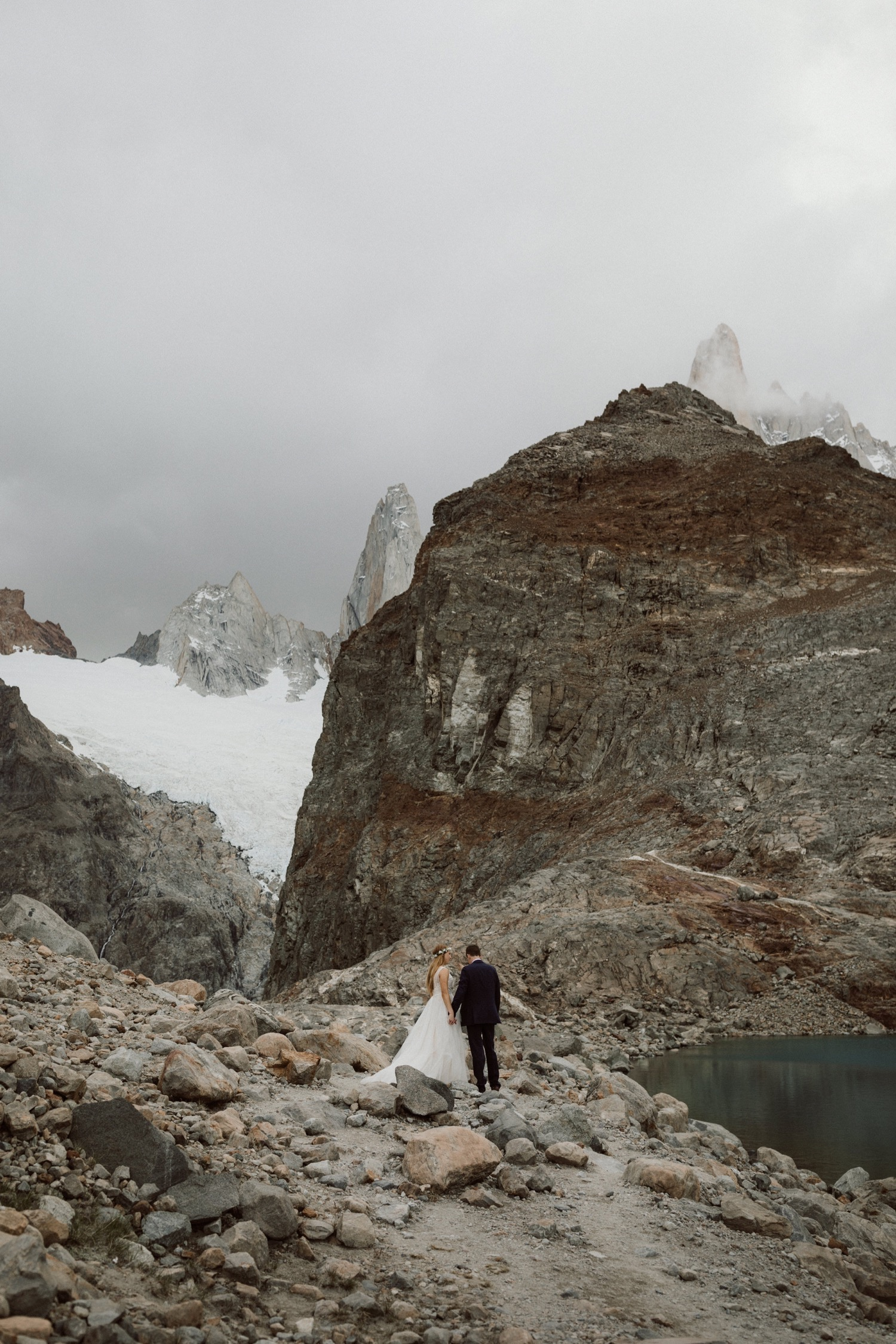 51_laguna-de-los-tres-patagonia-elopement-75.jpg