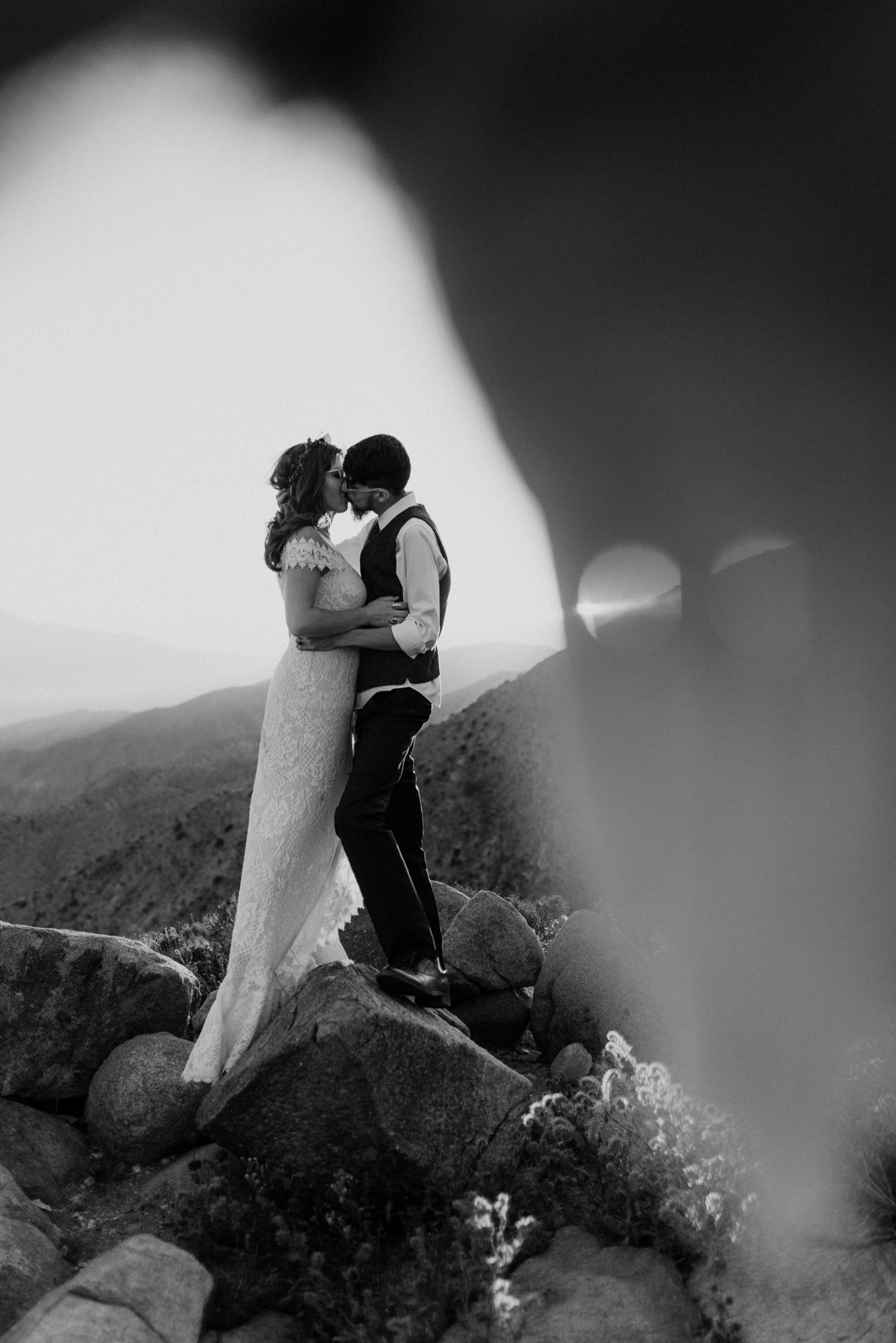 71_black_white_wedding_and_images.jpg