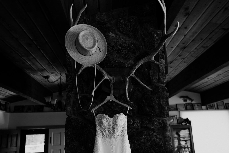 01_jackson-hole-wedding-2.jpg