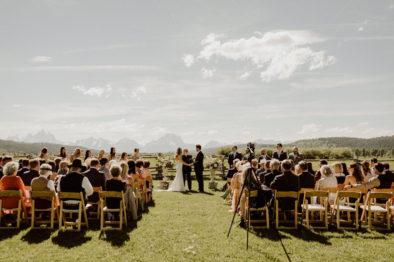 05_jackson-hole-wedding-8.jpg