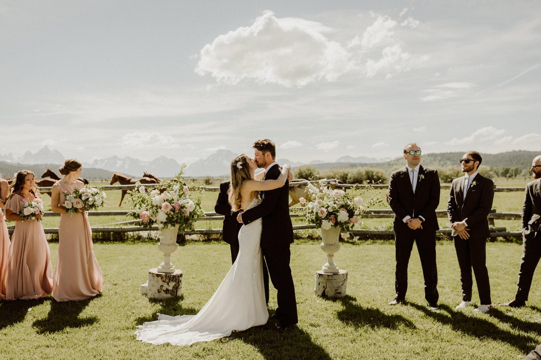 07_jackson-hole-wedding-12.jpg